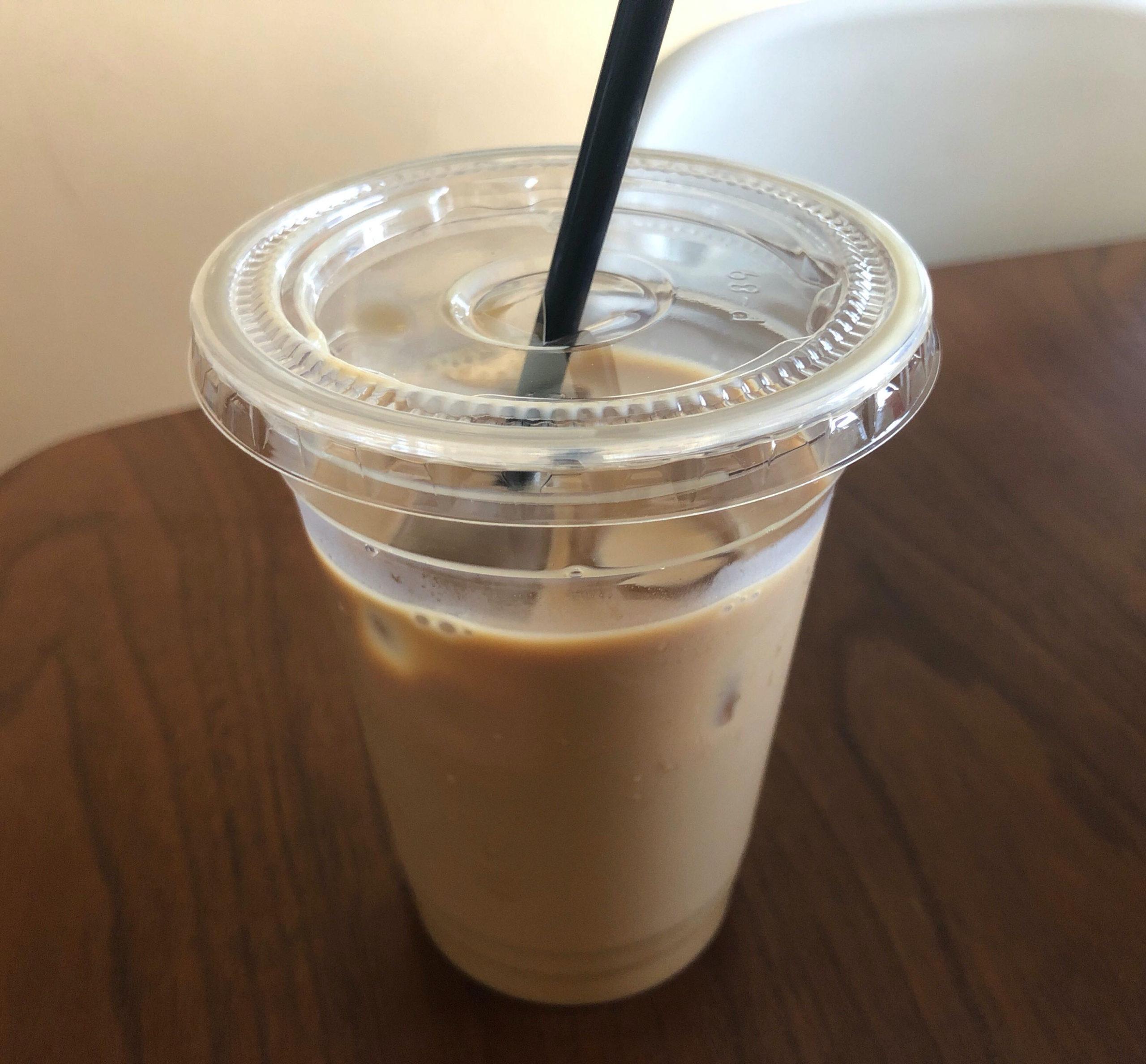 madalena cafeのカフェラテ